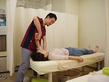 肩峰下インピンジメント症候群